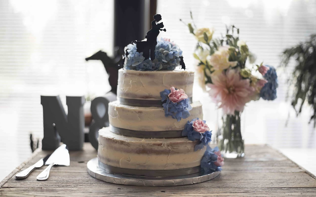 Cake Toppers – Puyallup & Chelan Event Planning & Wedding Flowers-15