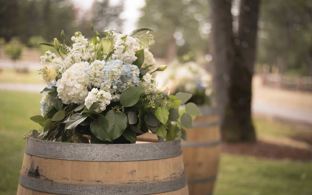Arbor Arrangements– Puyallup & Chelan Wedding Planner & Flowers-34