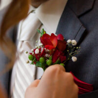 Boutonnieres – Puyallup / Chelan Wedding Planner & Flowers