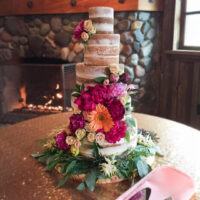 Naked Cake Flowers – Puyallup Wedding Flowers