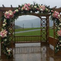 Trellises, Arbors & Altar Arrangements – 32